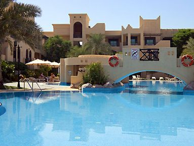 فندق نوفوتيل ال دانا ريزورت باهراين في المنامه البحرين House Styles Outdoor Decor Mansions