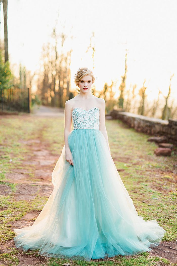 Colorful Modern Fairy Tale Bridal Shoot | Modern fairy tales, Bridal ...