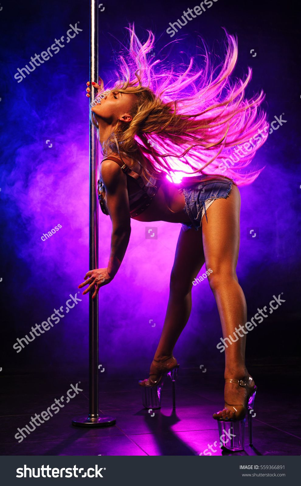 Hot Pole Dancing