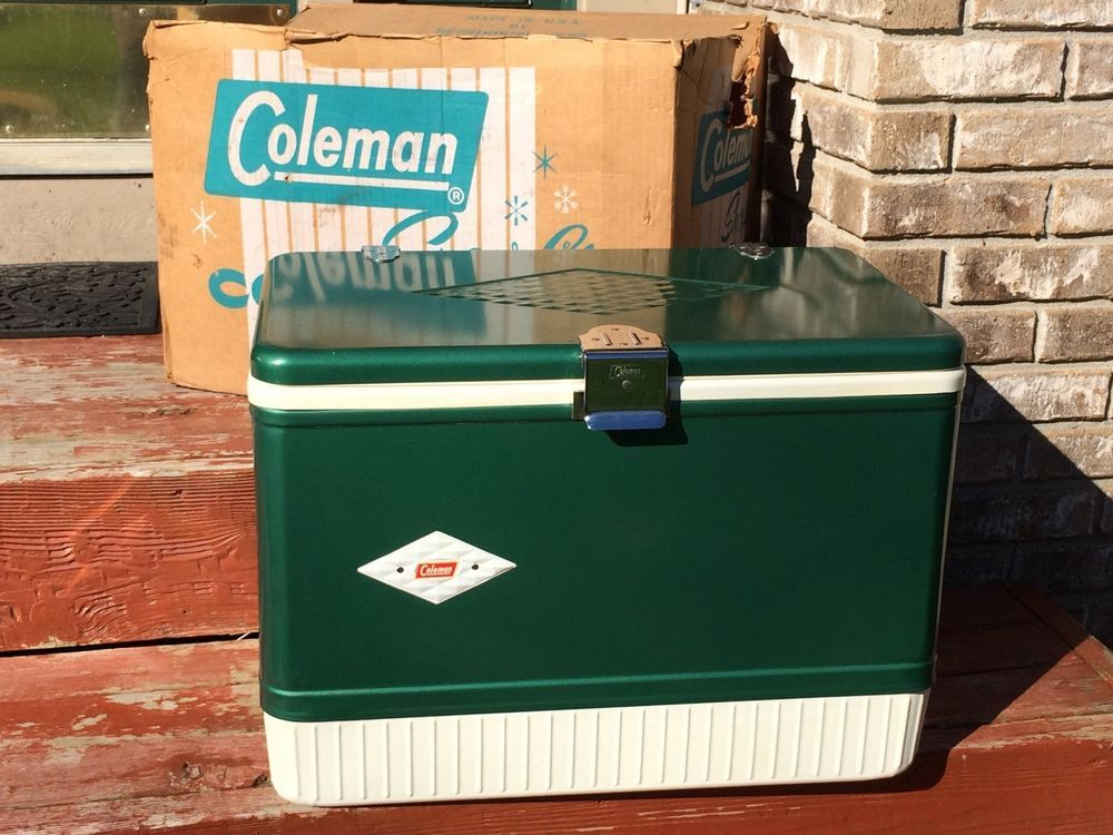 Coleman Diamond Logo Snowlite Cooler