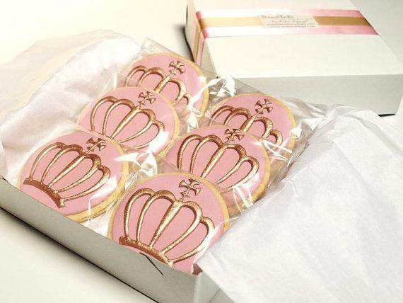Royal Crown Cookies in Pink. Cookies, biscuits.