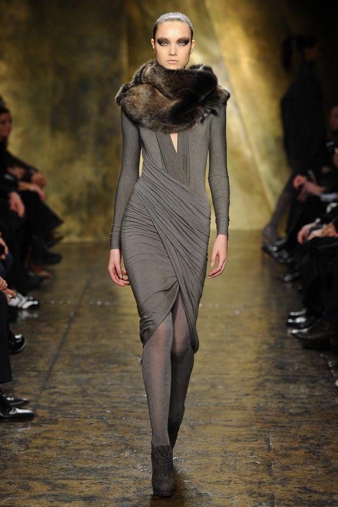 Donna Karan RTW Fall 2013-love the dress