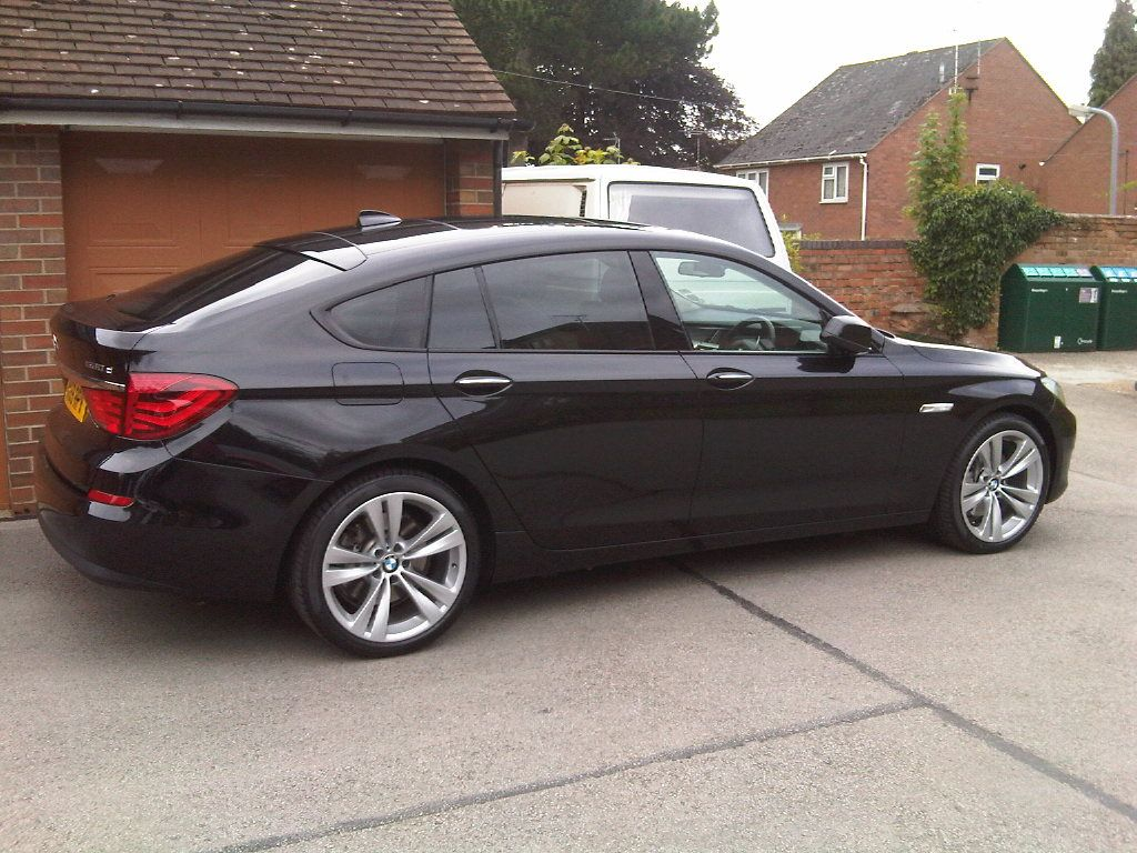 Bmw 5 Series Gt Sapphire Black Bmw Bmw Cars Car Collection