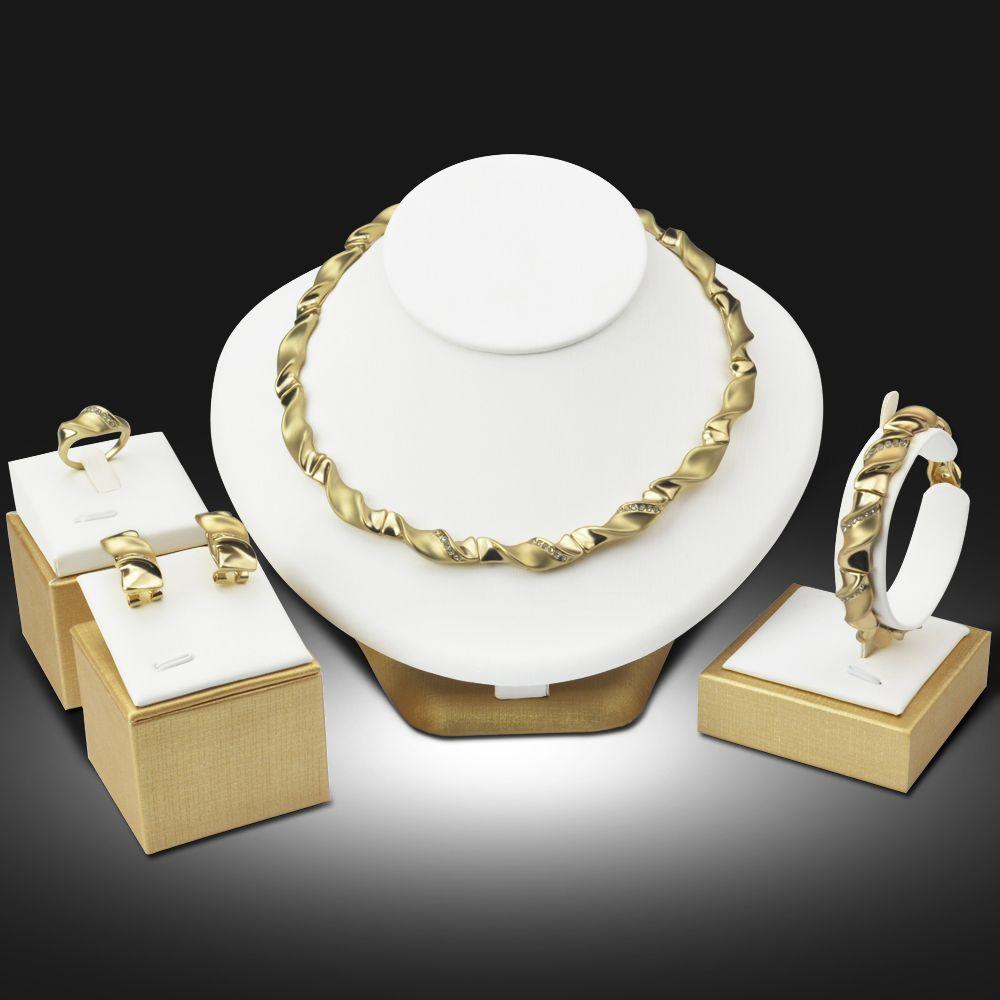 Accessoires Bruiloft Afrikaanse Kralen Sieraden Set Vergulde Crystal Vintage Oorbel Armband Ketting Ring Mode Sieraden