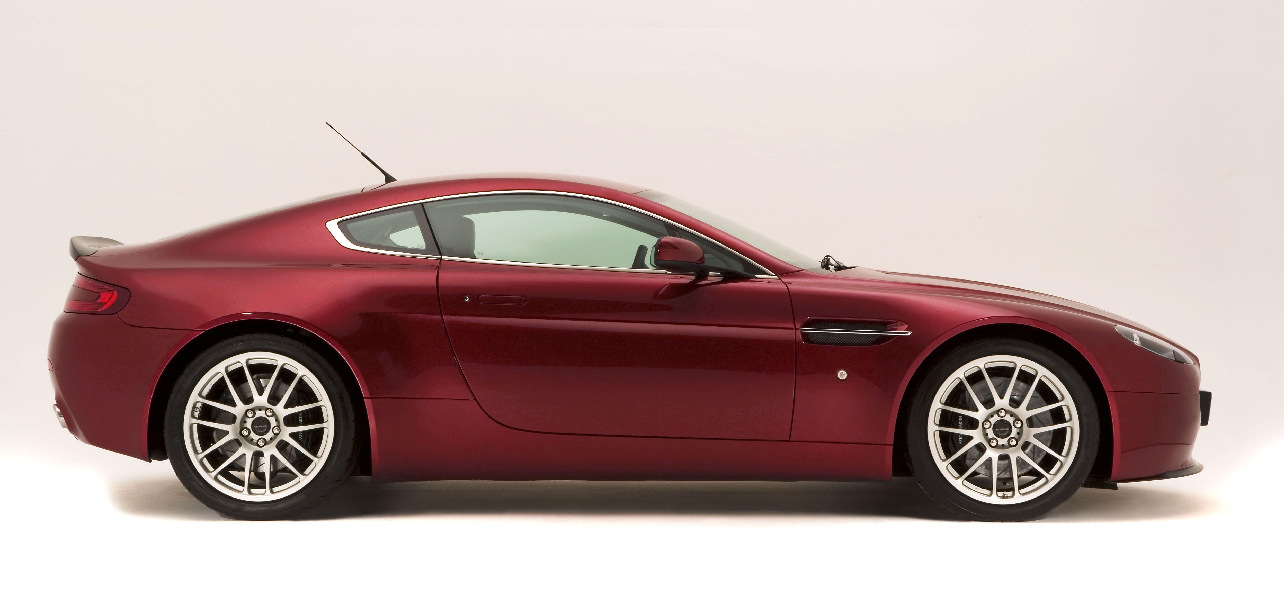 Aston Martin Aston Martin V8 Vantage cars side view tires ...