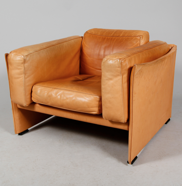 Mario Bellini; Leather 'Duc' Lounge Chair for Cassina, 1976.