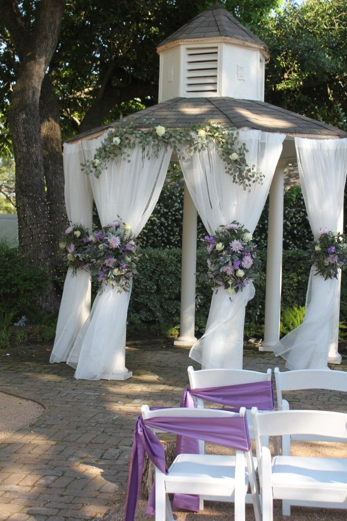 Butlers Courtyard Houston Tx Wedding Gazebo Decor Lavender And White Garland Flowers By F