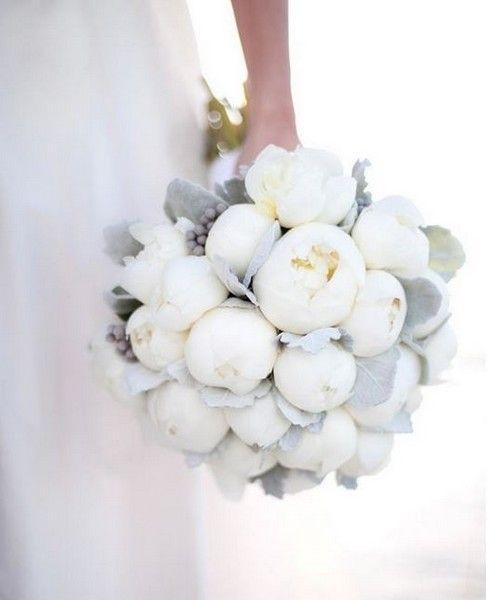 10 magnifiques bouquets dhiver pour la mariée