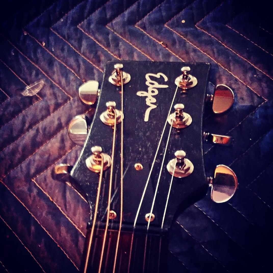 Edgar Guitars Fix & Build instruments in the old fashioned way – each instrument is built by one craftsman. These days when we are in the middle of  a renaissance in handcrafted guitar making, that question is not asked so often.