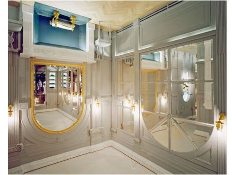 viktor amp rolf upside down store in milan would be fun to