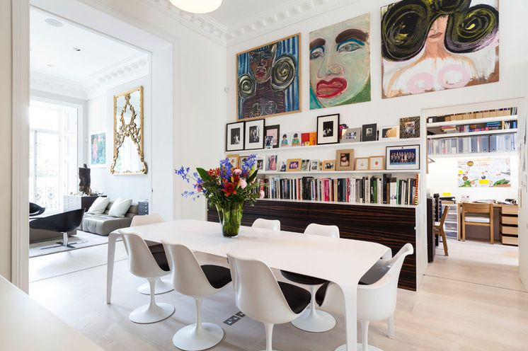 Budget constraints? Skip designer paints & use Brilliant white using paintings, books, art for a colour hit..& it can all be taken with you if you move. Contemporary Dining Room by Domus Nova