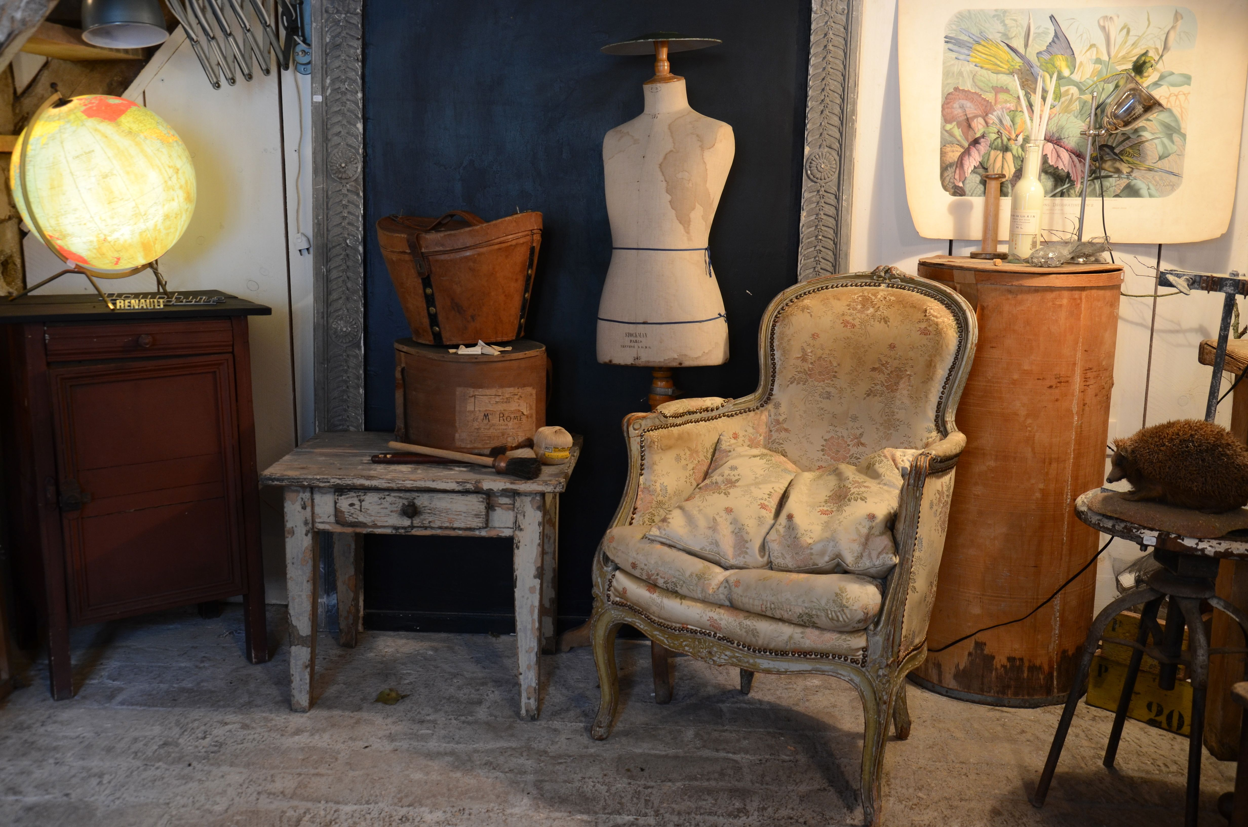 brocante de la bruyere my nest pinterest nest and interiors. Black Bedroom Furniture Sets. Home Design Ideas