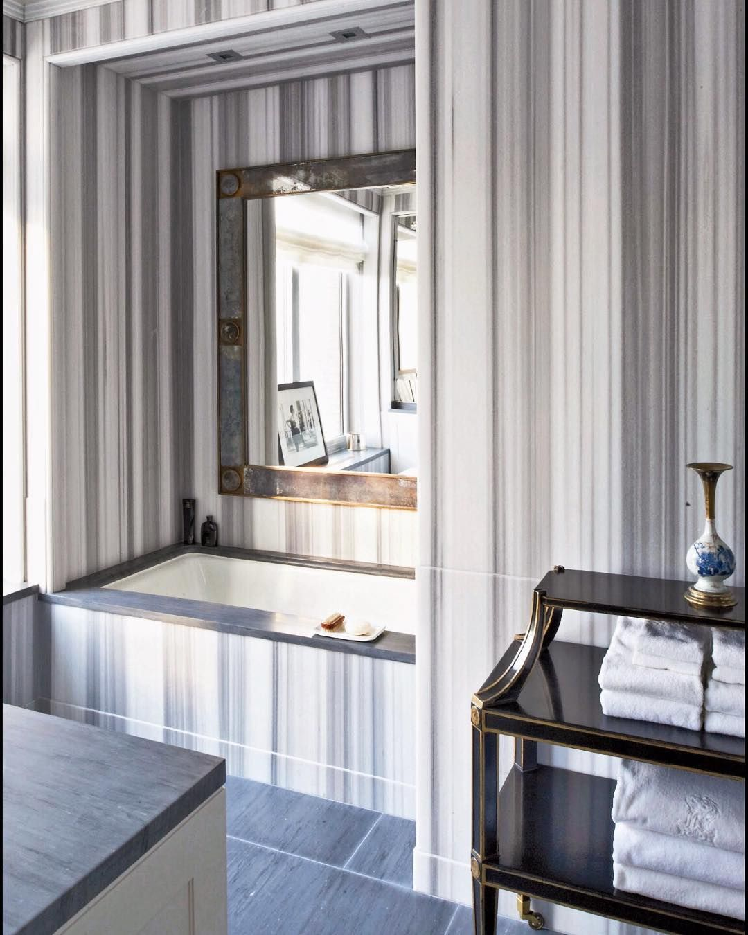 It's Friday! Time to wash off the week and enjoy the weekend. And if we could wash off the week in this Asher Grey bath that'd be even better.