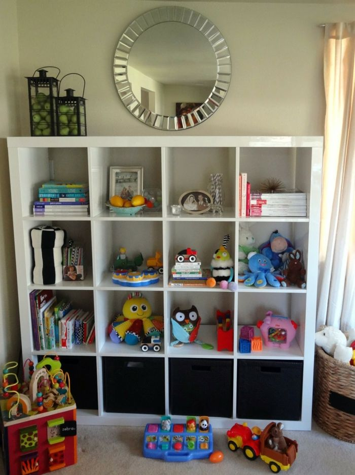 ikea expedit au ergew hnliche ordnung nach schwedischer art aufbewahrung kinderzimmer. Black Bedroom Furniture Sets. Home Design Ideas