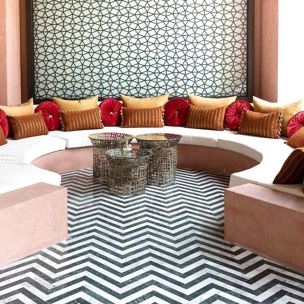 Salons Et Decorations Orientales Modernes en 18  Idee deco