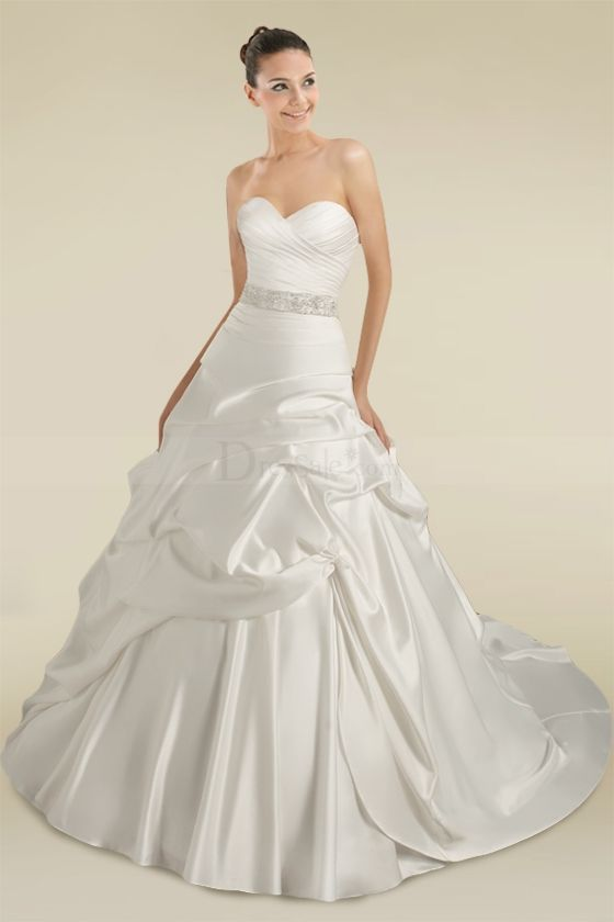 Elegant Sweetheart Princess Wedding Dress. 161$