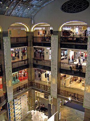 أشهر وجهات التسوق في ستوكهولم عاصمة السويد Kingdom Of Sweden Sweden Stockholm