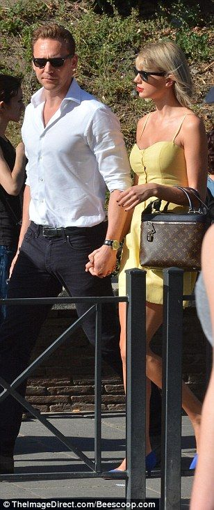 Tom Hiddleston kisses Taylor Swift during romantic outing ...