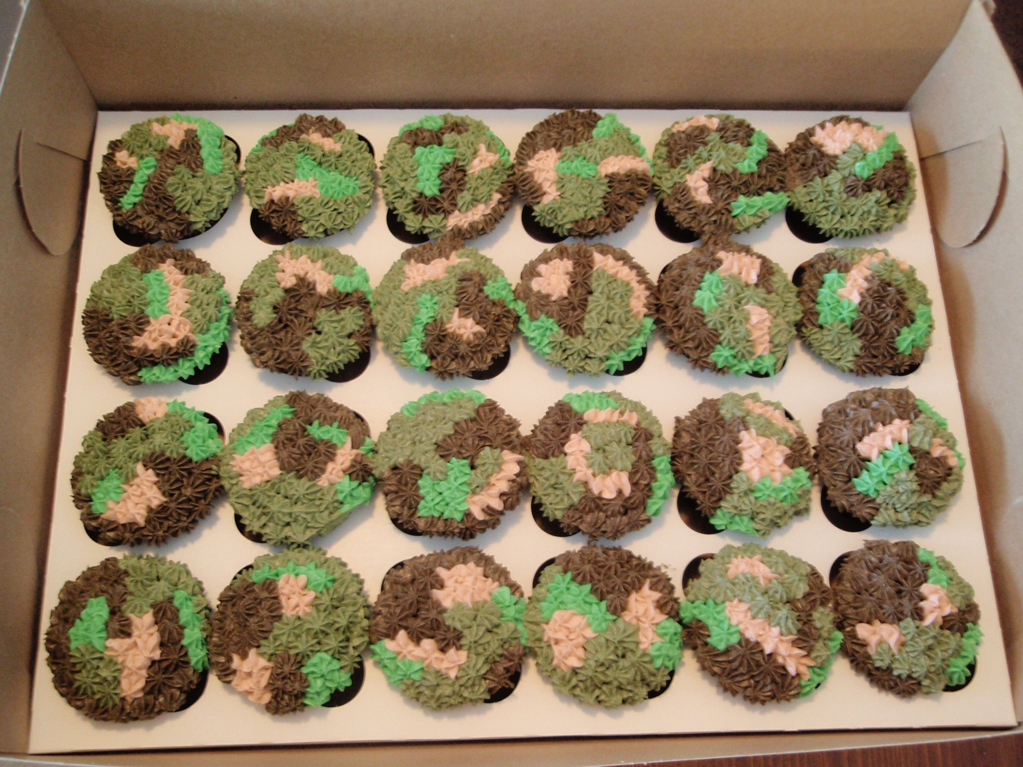 Party Cupcakes Camouflage Chocolate Cupcakes For A 12 Year Old
