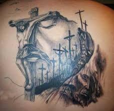 Resultado de imagem para tatuagens de cruz no pescoço