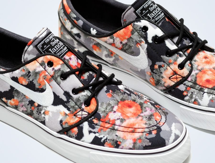brand new 543a7 c81a5 Nike Stefan Janoski Digi Floral