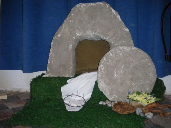Easter Decorating Ideas For Church easter displays for church | easter 2009 decoration – the empty