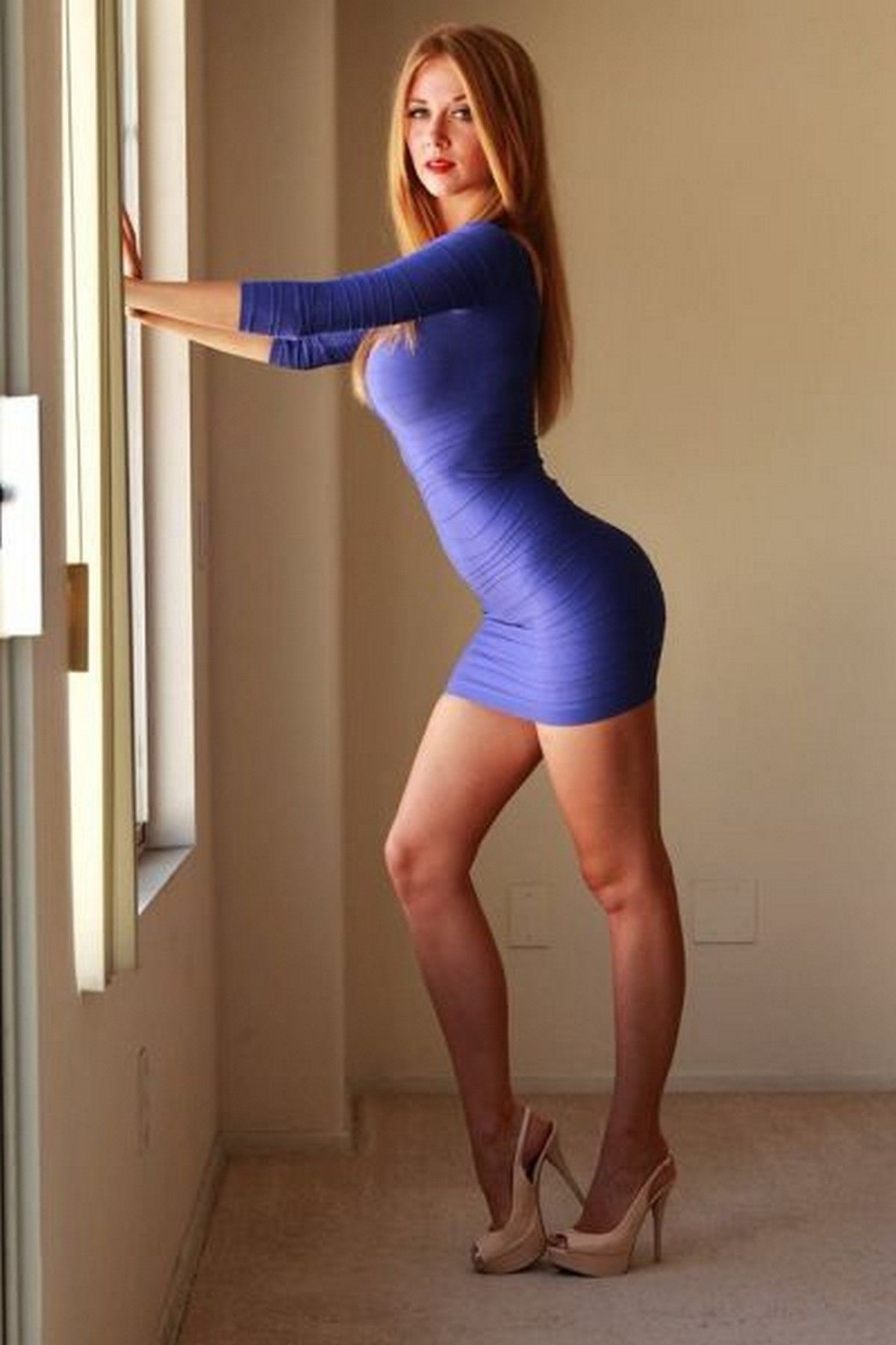 30 hot girls in tight dresses – best thing you'll see today ...