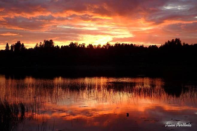Auringonlaskun aikaan Haapavedellä.