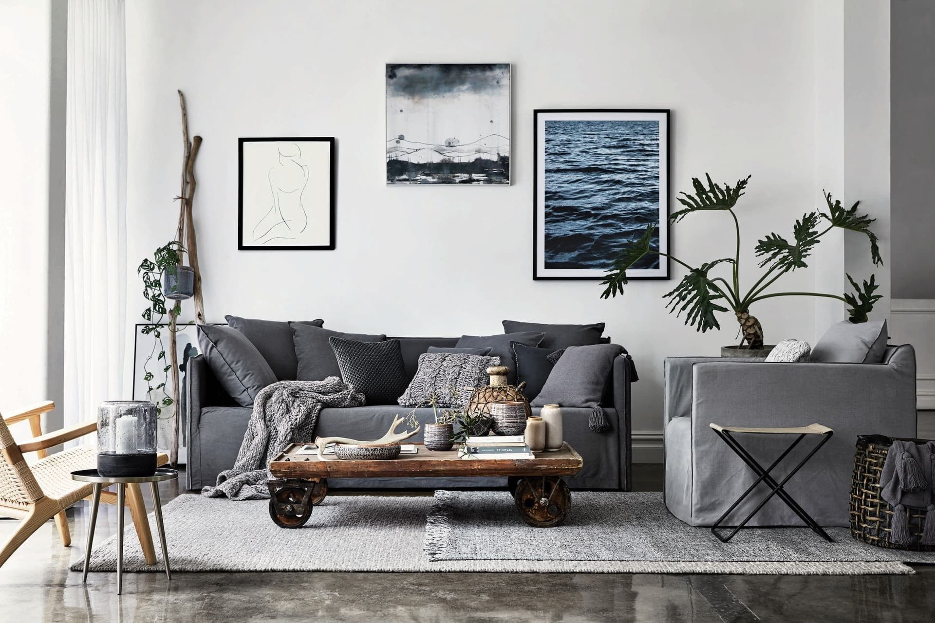 8 Ways To Design A Rustic Industrial Living Room The Urban Interior Modern Industrial Living Room Industrial Interior Design Living Room Interior Design Living Room Decor