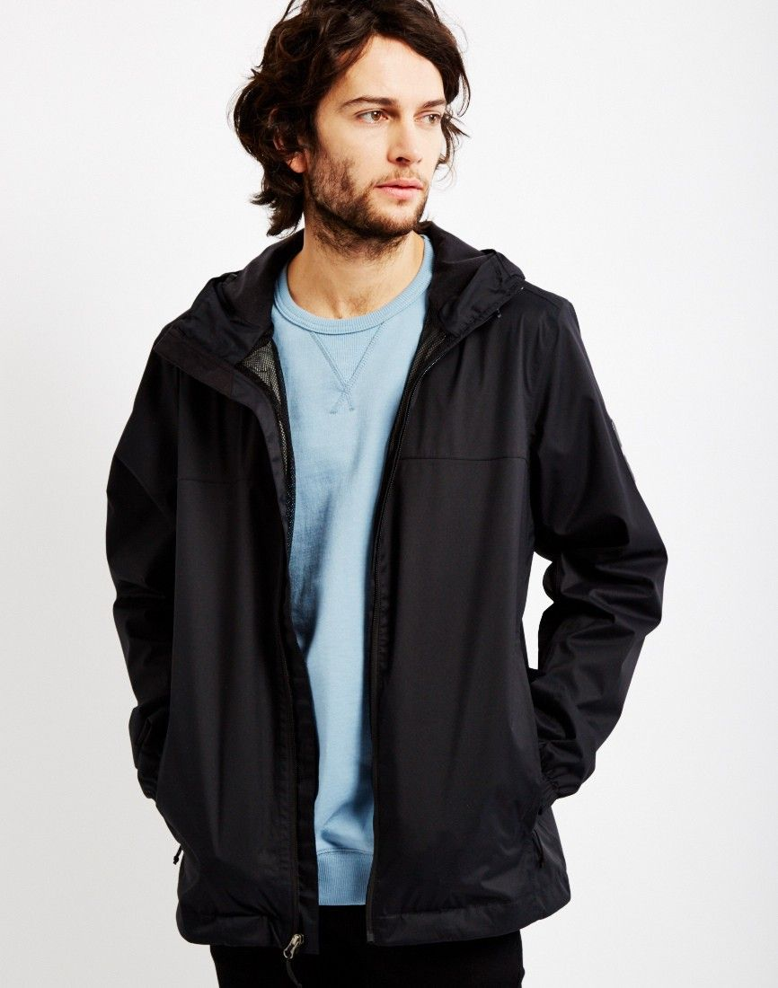 The North Face Mountain Quest Jacket Black Shop Men S Jackets Sweaters And Clothing At The Idle Man North Face Jacket Black North Face Jackets