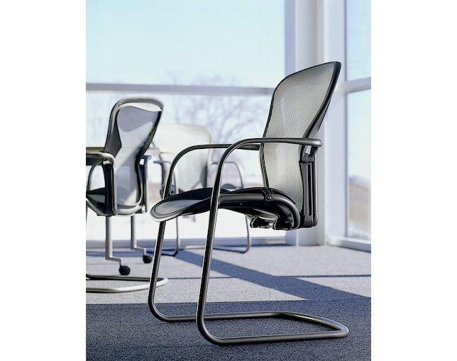 Aeron Side Chair(アーロンサイドチェア)【Herman Miller / ハーマンミラー】の情報はリクルートが運営する家具サイト【タブルーム】でチェック!