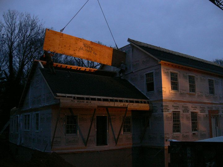 Finishing The Roof This House Took 1 Full Day To Set Close Up Modular Homes House Styles The Hamptons