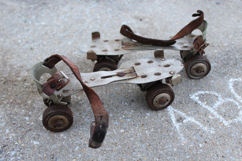 Vintage Roller Skates 1950s Metal Roller Skates With Straps Union Hardware No 5 Roller Skates 50s Toy Prop Nursery Decor Porch Decor Roller Skates Vintage Roller Skates Leather Straps [ 2000 x 3000 Pixel ]