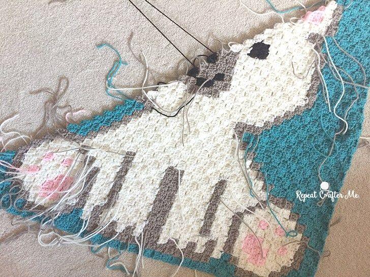 Polar Bear Cub Crochet C2C Blanket   Polar bear, Blanket and Crochet