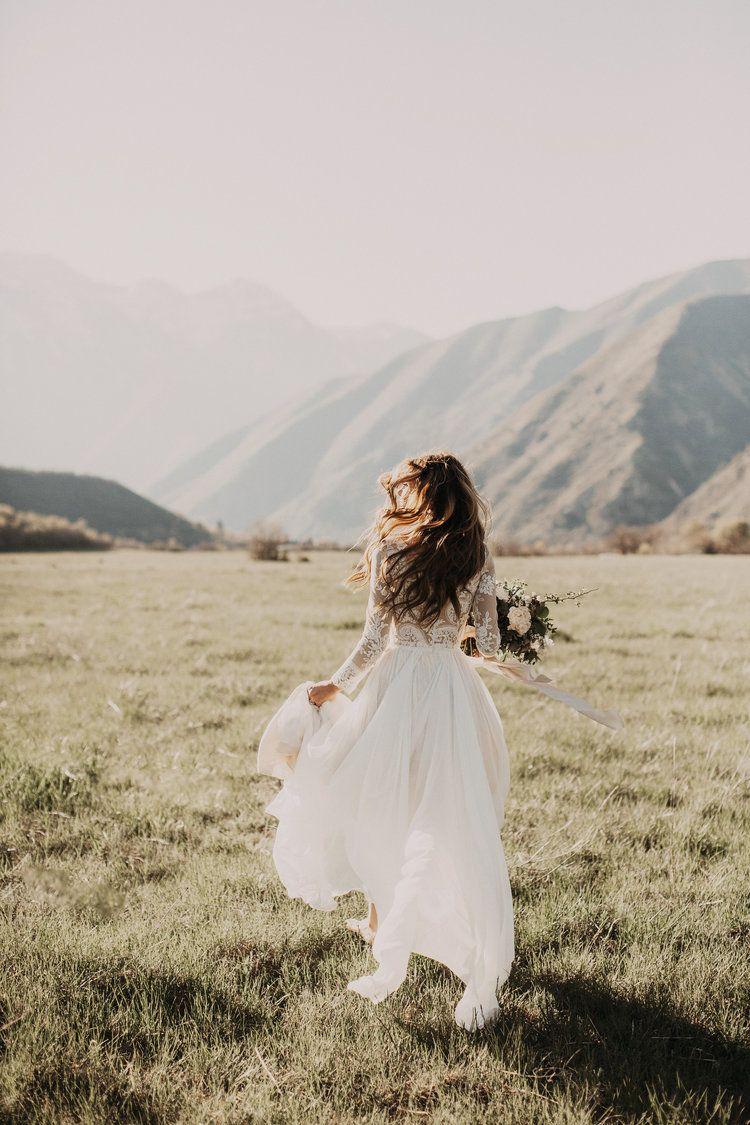 Marisa wedding dress  daliciasavoie  melody  Pinterest  Leanne marshall Mesas and