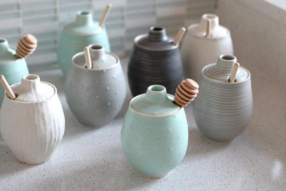 Aardewerk Honey Pot - Polka Dot Sea foam Green keramische Pot