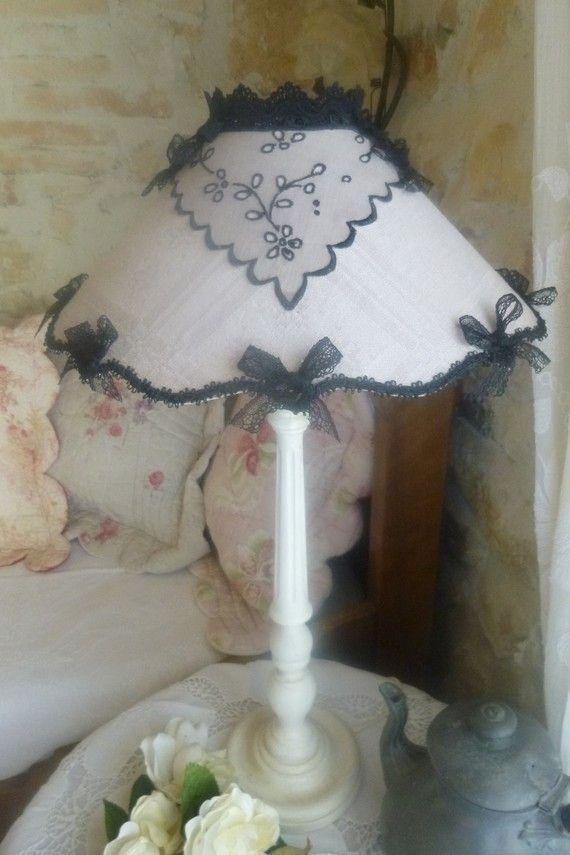 abat jour linge ancien esprit boudoir abajours pinterest abat jour luminaire et style. Black Bedroom Furniture Sets. Home Design Ideas