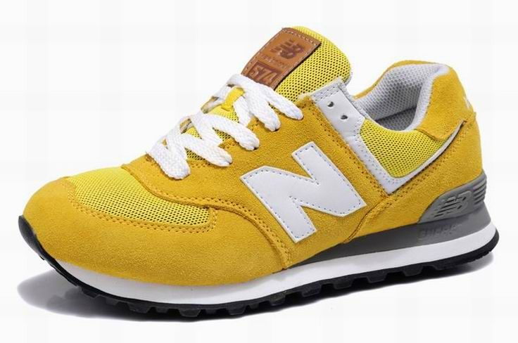 Men New Balance 574 Trainers Yellow