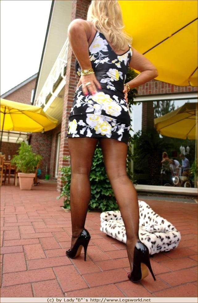 Heels stocking legs mature tube, hot girl riding dikdo