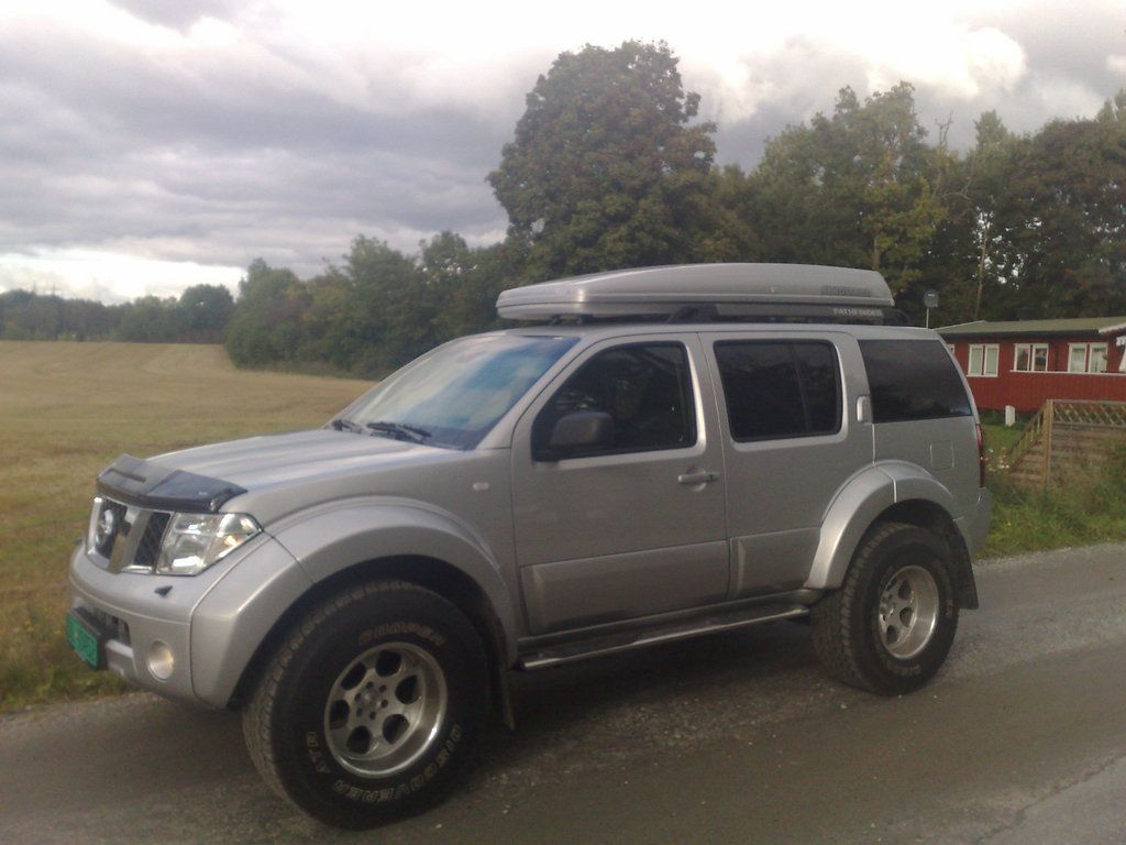 Nissan pathfinder arctic truck finding the path pinterest nissan pathfinder arctic truck vanachro Gallery
