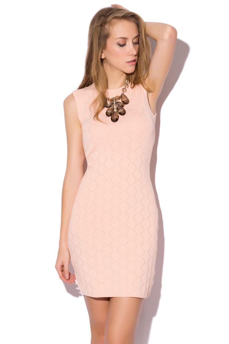 Vestido rosa palo corto