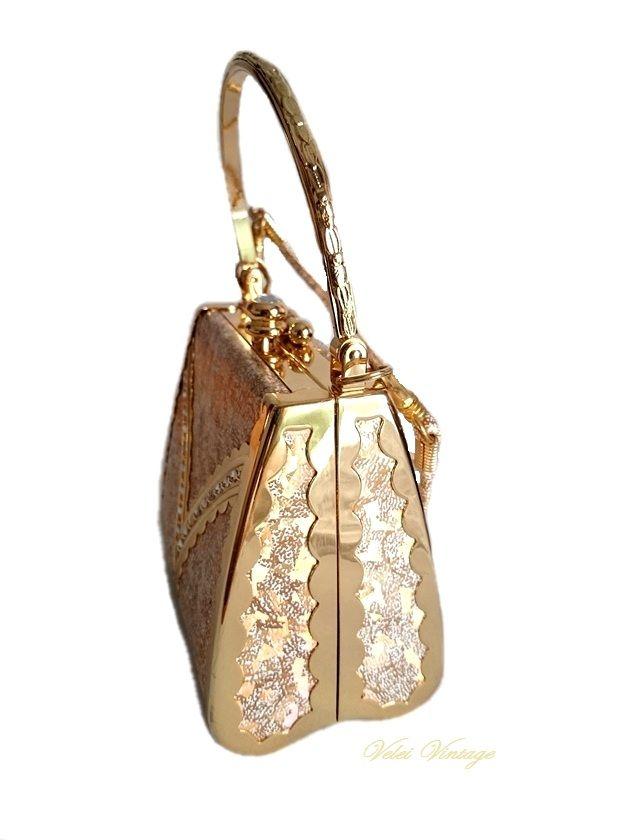 6c012b31f0a Bolso clutch de fiesta de latón dorado