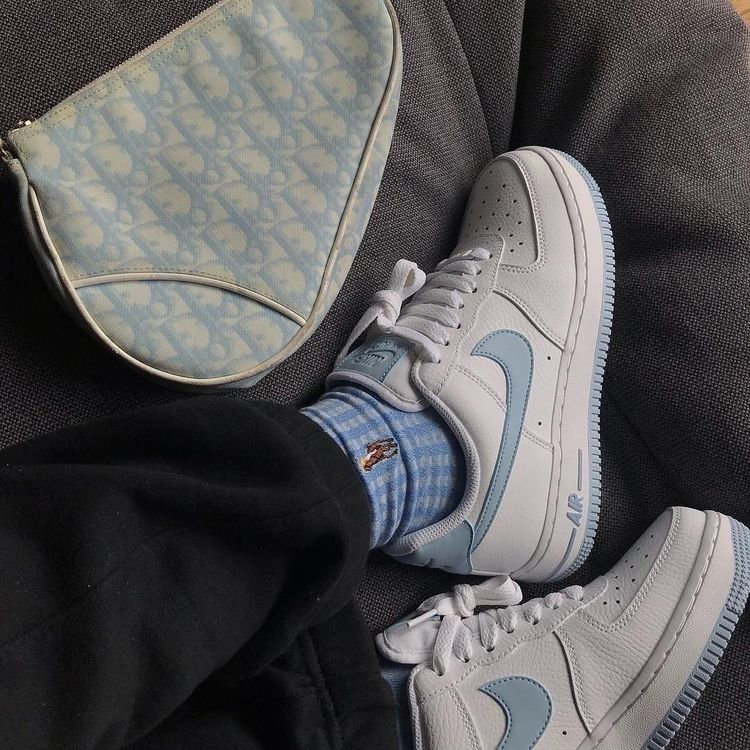 pin en streetwear  sneackers