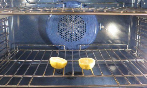 Λεμόνι για καθαρό και αστραφτερό φούρνο!