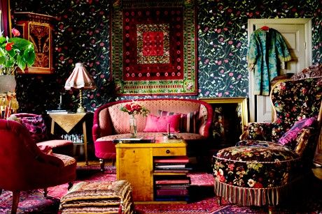 Chic Bohemian Interieur : Boho chic lounge room it looks like it s raining glitter in there
