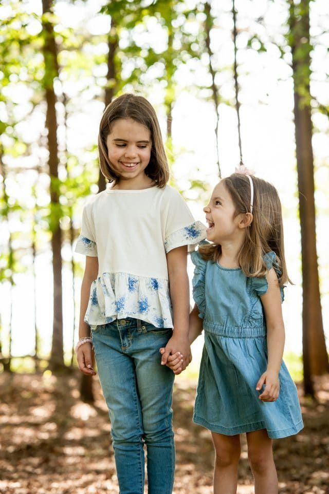 10 Ways to Encourage a Strong Sibling Bond #bondingwithchild 10 Ways to Encourage a Strong Sibling Bond #bondingwithchild 10 Ways to Encourage a Strong Sibling Bond #bondingwithchild 10 Ways to Encourage a Strong Sibling Bond #bondingwithchild
