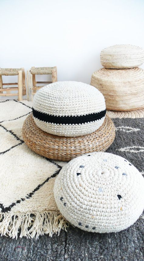 Crochet pouf thick wool Natural undyed and black by lacasadecoto ...