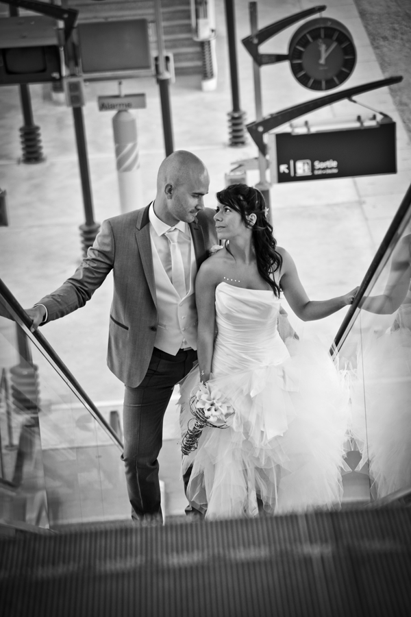 Photo de mariage à la gare et l'aéroport Saint-Exupéry sur Lyon - Studio Photo Gil