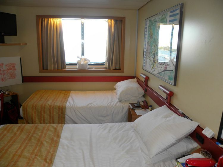 Take a Look Inside the Carnival Fantasy Cruise Ship (With ...