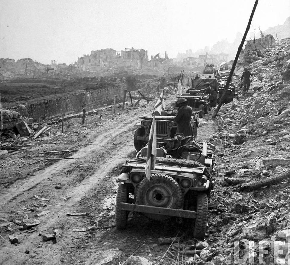 The US Army Jeep At War – Armor At War 7058